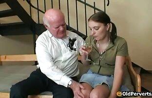 آسیایی, داستان سکسی عمه جان زن ناله در موی جودی ابوتی زیر یک مرد در طول رابطه جنسی خشن