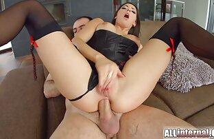 عمه در جوراب ساق بلند سیاه و سفید نشسته الاغ عکس های سکسی خاله میترا در dildos مختلف در مقابل دوربین