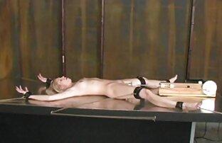پلاتین ورزش ها با خال کوبی بر داستان سکس با دختر خاله در حمام روی باسن و جوراب راه راه بمکد دیک و طول می کشد در بیدمشک