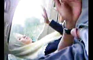 دو شریک قرار دادن را cocks به بیدمشک و الاغ از یک فاحشه با موهای کوتاه, برگزاری sex خاله او را در آغوش خود